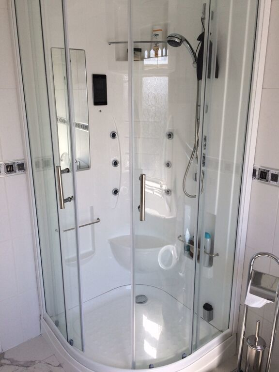 The SP53 Steam Shower Cabin